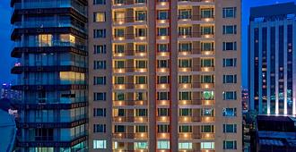 Hotel Royal Kuala Lumpur - Kuala Lumpur - Building