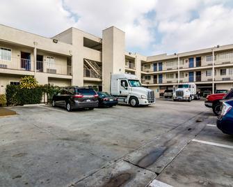 Motel 6 Los Angeles Bell Gardens - Bell Gardens - Building