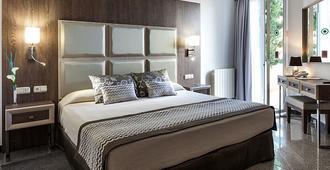 Suite Hotel S'Argamassa Palace - Santa Eulària des Riu - Camera da letto