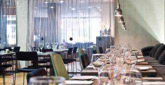 Zenit Abeba - Madrid - Restaurang