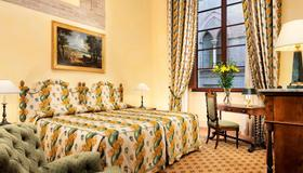 Grand Hotel Continental Siena - Starhotels Collezione - Siena - Bedroom
