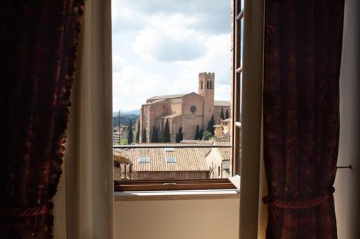 Grand Hotel Continental Siena - Starhotels Collezione - Siena - Parveke