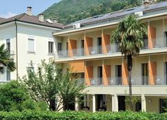 Youth Hostel Locarno - Locarno - Bygning