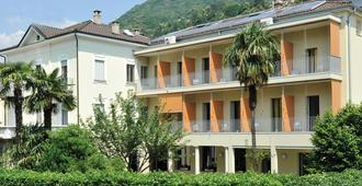 Youth Hostel Locarno - Locarno - Gebäude