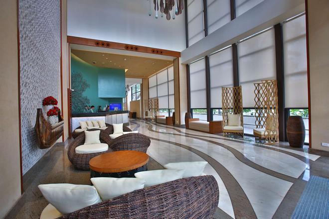 Best Western Plus The Ivywall Hotel - Puerto Princesa - Lobby