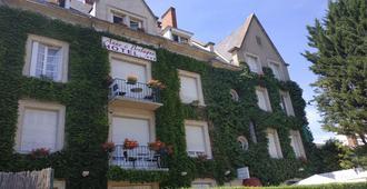 Hotel Anne De Bretagne - בלואה - בניין