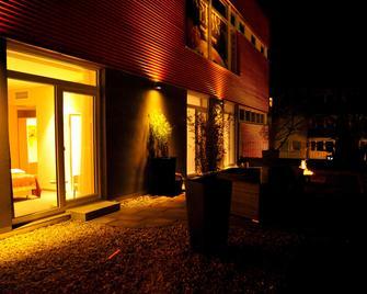 Centrale Hotel Und Restaurant - Waldkraiburg