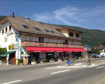 Hôtel Restaurant Le Lac Bleu - Sévrier - Building