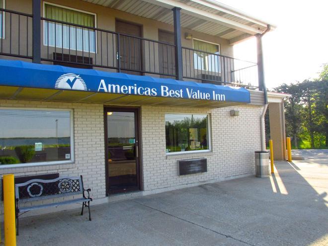 Americas Best Value Inn Celina - Celina - Building