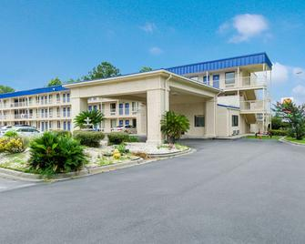 Motel 6 Savannah Airport - Pooler - Pooler - Edificio
