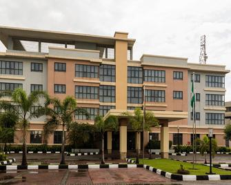 Protea Hotel by Marriott Ikeja Select - Lagos - Building