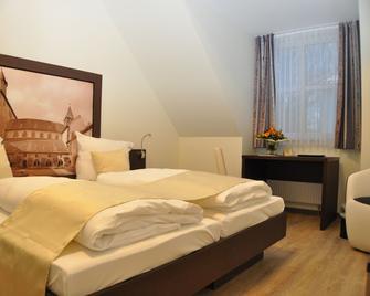 Schaumburger Ritter Hotel & Restaurant - Rinteln - Bedroom