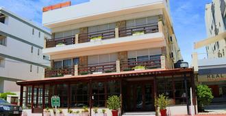 Hotel San Martín - פונטה דל אסטה - בניין