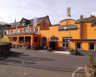 Gasthaus Zur Post - Klotten - Building