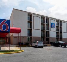 Motel 6 Jackson - Tn