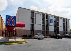 Motel 6 Jackson - Tn - Jackson - Rakennus