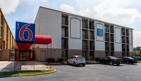 Motel 6 Jackson - Tn - Jackson - Edificio
