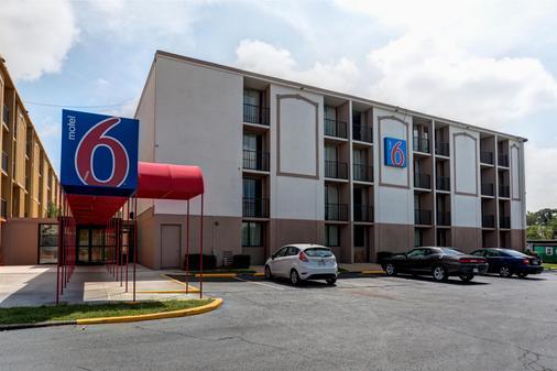 Motel 6 Jackson - Tn - Jackson - Gebäude