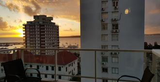Apartamentos Peninsula de Punta del Este - Punta del Este - Balcony