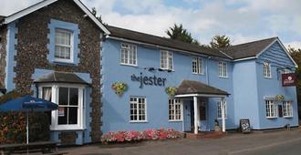 The Jester Country Inn - Baldock - Edificio