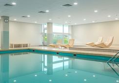 NH 大西洋海牙酒店 - Kijkduin (基伊克都因) 海灘 - 海牙 - 游泳池