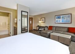 Staybridge Suites Kalamazoo - Kalamazoo - Habitación