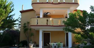 B&b Montesole Holiday - Licata - Edificio
