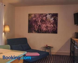 Biggi's Garten-Finca - Flonheim - Living room