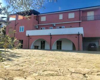 Bed & Breakfast Cilento - San Mauro Cilento - Building