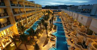 Henann Garden Resort - Boracay - Building