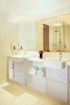 Satoria Hotel Yogyakarta - Yogyakarta - Kylpyhuone