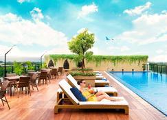 Satoria Hotel Yogyakarta - Yogyakarta - Πισίνα