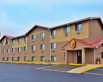 Super 8 by Wyndham Tuscaloosa - Tuscaloosa - Building