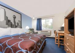 Super 8 by Wyndham Wichita Falls - Wichita Falls - Bedroom