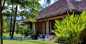 Bangsak Village - Adults Only - Khao Lak - Rakennus