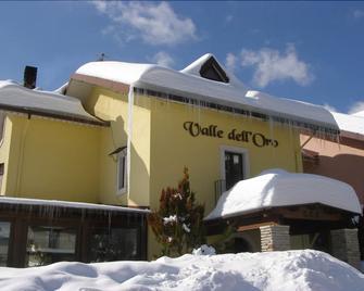 Hotel Valle dell' Oro - Pescasseroli - Building