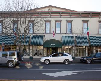 Hotel St. Helena - Saint Helena - Building