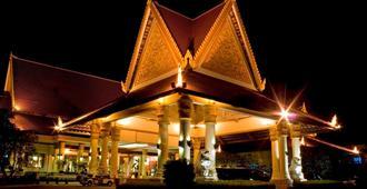 Sokha Beach Resort - Krong Preah Sihanouk - Building