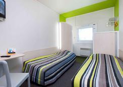 Hotelf1 Saintes - Saintes - Makuuhuone