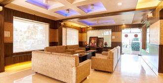 Hotel Ganpati Palace - Shirdi