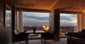 Radisson Blu Hotel, Erfurt - Érfurt - Sala de estar