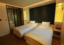Noel Business Hotel - Busan - Bedroom