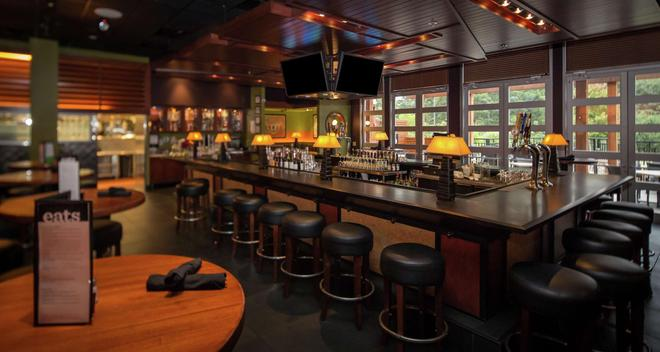 DoubleTree by Hilton Columbus - Columbus - Bar