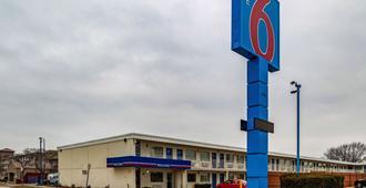 Motel 6 Joliet I-80 - Joliet - Κτίριο
