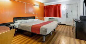 喬利埃特 6 號汽車旅館 I-80 - 久利特 - 喬利埃特 - 臥室