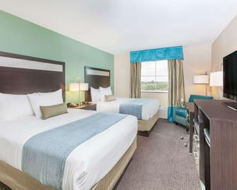 Baymont by Wyndham Midland Center - Мідленд - Спальня