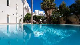 格蘭迪萊切酒店 - 拉察 - 萊切 - 游泳池
