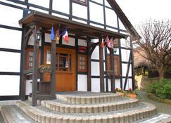 Hotel Alte Schule - Luhden - Gebäude