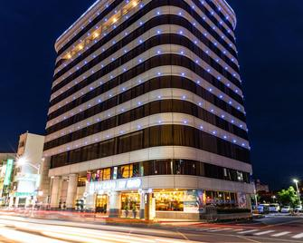 Fish Hotel-Pingtung - Pingtung City - Gebouw