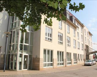Hotel Ascania - Aschersleben - Gebäude